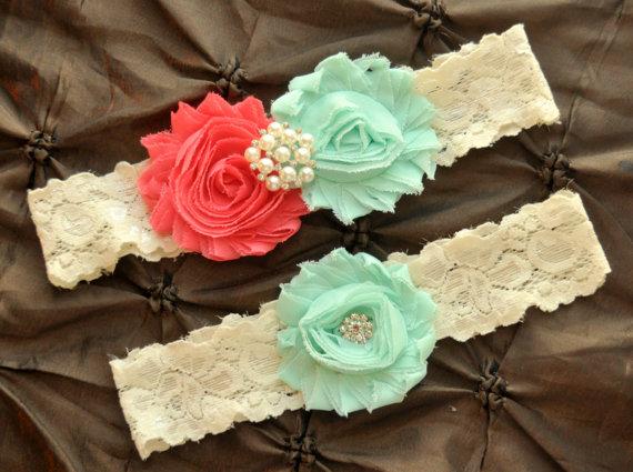 Свадьба - Wedding Garter Belt, Bridal Garter Set - Ivory Lace Garter, Keepsake Garter, Mint Wedding Garter, Coral Wedding Garter, Mint Garter