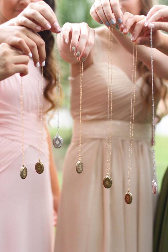 زفاف - Bridesmaid Jewelry 7 Bridesmaid Gift Wedding Jewelry Bridal gift wedding Personalized jewelry Initial locket Necklace