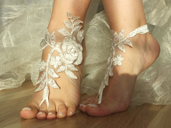 9c3a4aede1284 Ivory Silver Frame Lace Sandals