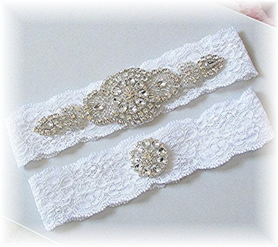 زفاف - Bridal White Stretch Lace Wedding Garter Set - Vintage Style Bridal Garter Set - Keepsake and Toss Garters - Rhinestone Wedding Garter Belt