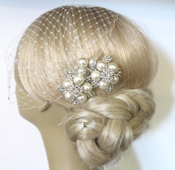 Mariage - Birdcage Veil and a Bridal Pearls Hair Comb 2 Items,bridal veil, Bridal Headpiece Blusher Bird Cage Veil accessories Wedding comb rhinestone