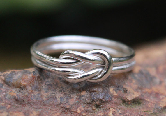 Mariage - Love Knot Ring Sterling Silver Square Knot Ring, Bridesmaid Jewelry, Nautical Wedding Tie the Knot ring