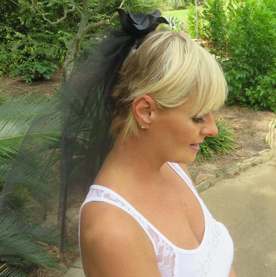 Свадьба - Bride To Be Veil - Bachelorette Party Veil - Black Veil - Rhinestone Veil - Bridal Veil - Wedding Accessories - Black Wedding Veil
