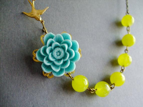 Свадьба - Bridesmaid Jewelry Set,Aqua Flower Necklace,Yellow Jewelry,Beadwork,Bib Necklace,Statement Necklace,Summer Jewelry(Free Matching Earrings)
