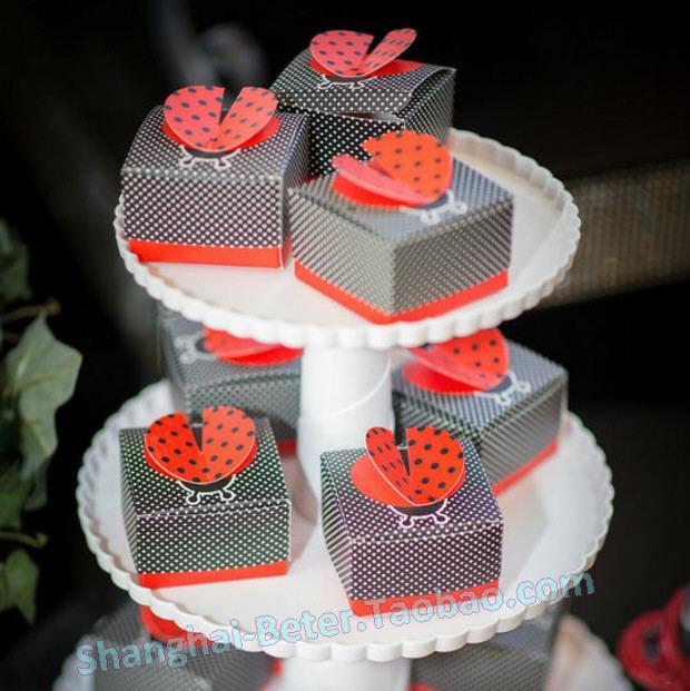 "Свадьба - ""Cute as a Bug"" 3-D Wing Ladybug Favor Box"