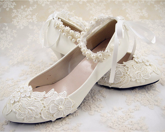 Mariage - Wedding Shoes, Flat Lace Shoes, Lace Bridal Shoes, Beaded Wedding Shoes, Bridesmaid Shoes, Floral Lace Bridal Shoes, Pearl Lace Shoes