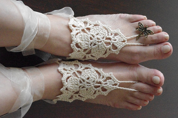 Mariage - Bridal wedding shoes cream ivory  crochetwedding Barefoot Sandals, Nude shoes, Foot jewelry, Bridal, Victorian Lace, Sexy, Yoga, Anklet