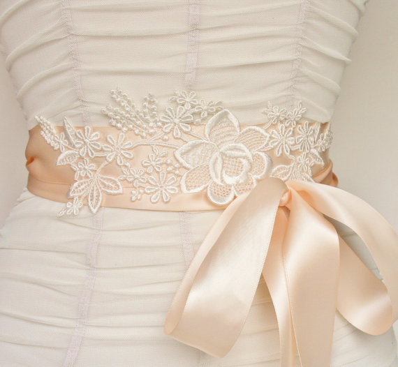 Mariage - Bridal Sash Belt, Lace Bridal Sash, Wedding, Belt, Sash, Wedding Accessories, Satin Ribbon, Ribbon Sash, Blush Ivory Sash, Custom Colors