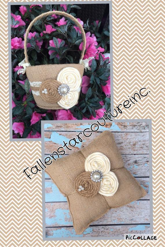 Mariage - Burlap flower girl basket / ring bearer pillow - burlap pillow , burlap basket