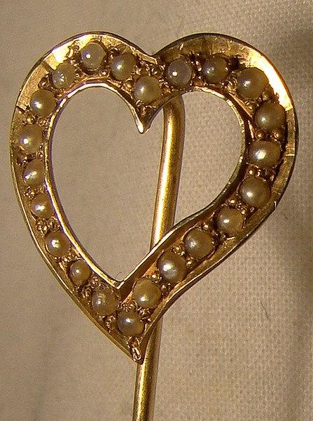 Mariage - Antique 14K Heart Stickpin with Seed Pearls c1890