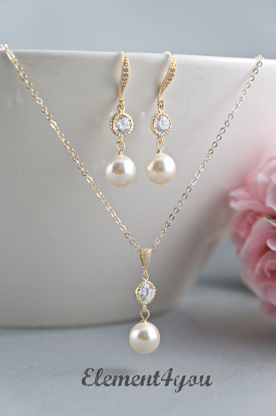 Bridal Party Jewelry Gift Sets : ... set Pearls Cubic Zirconia CZ Earrings Bridal party gift Delicate gold