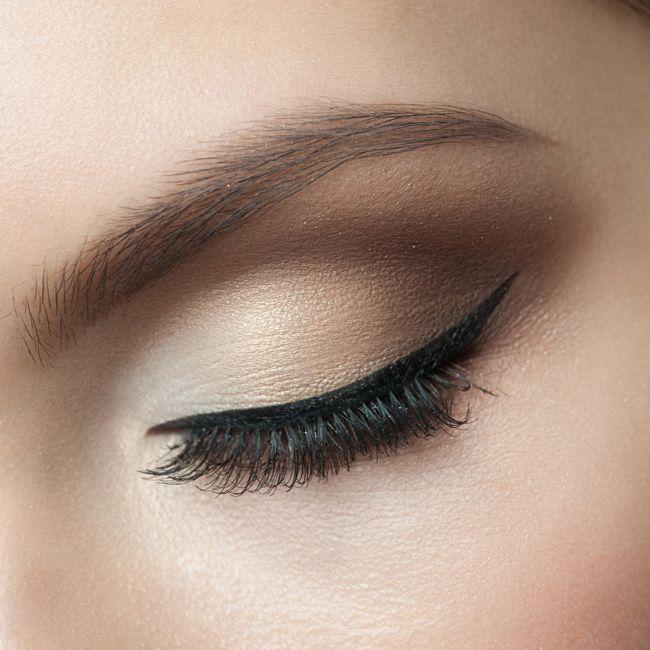 Свадьба - How To Apply Eye Liner Flawlessly