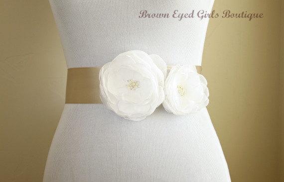 Hochzeit - White Bridal Sash, White Chiffon Wedding Sash, White Wedding Belt - White Chiffon Flowers with Champagne Bridal Ribbon