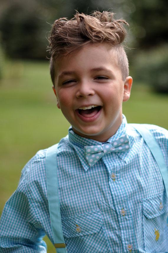 Mariage - Boys wedding outfit, ring bearer outfit, child bow tie and suspenders, blue bow tie, blue suspenders, boys easter outfit