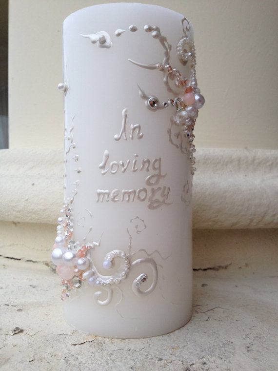 Hochzeit - Wedding memorial candle in white and blush pink with crystals, custom personalized memory candle, wedding reception