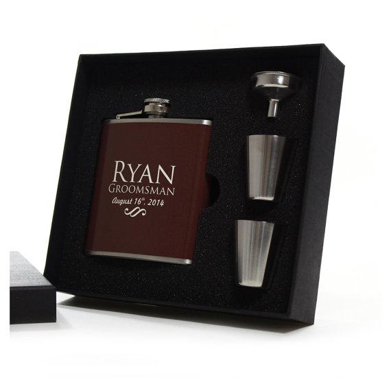 Hochzeit - Personalized Groomsmen Flask Gift Sets, Brown Flask
