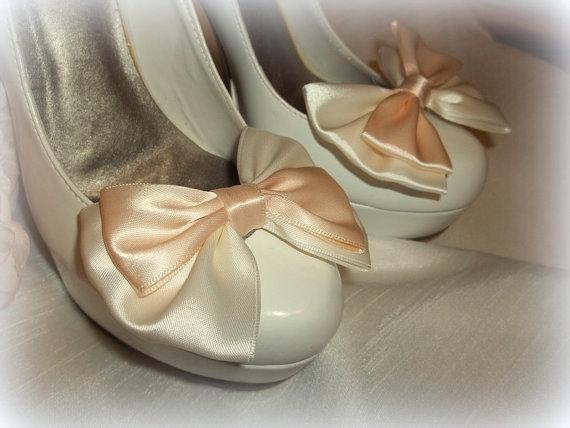 Свадьба - Wedding Bridal Satin Bow Shoe Clips - set of 2 -  Bridal Shoe Clips, Wedding Shoe Clips, womens, teens
