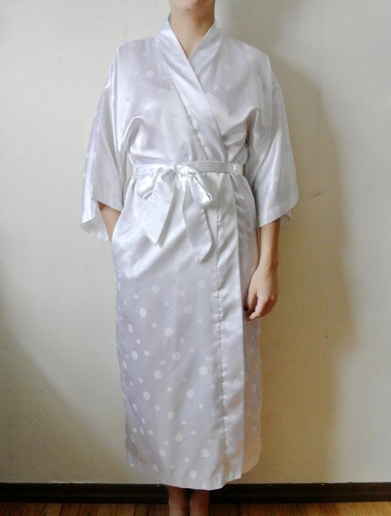 Mariage - Vintage Saks Fifth Avenue Robe White Polka Dot House Coat Gift For Her Mom