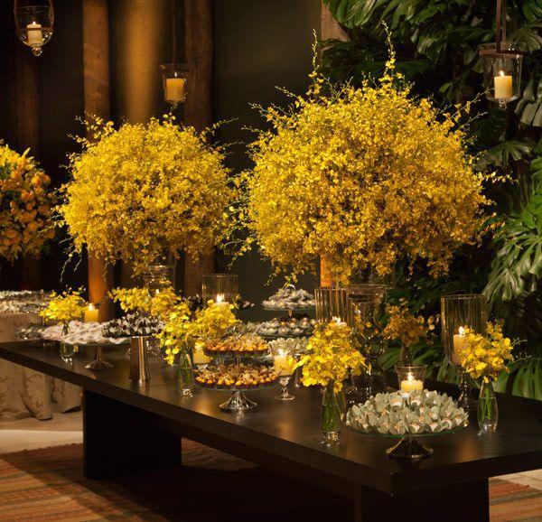 Wedding - Yellow Wedding Flowers