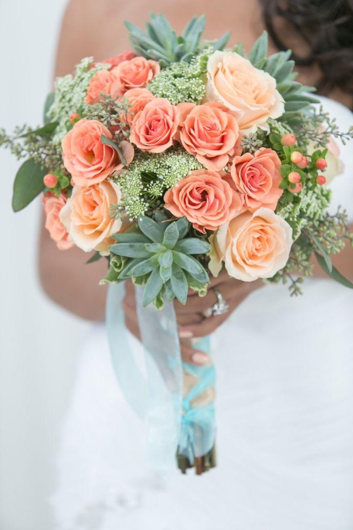 Hochzeit - Modern Peach And Mint Wedding Inspiration