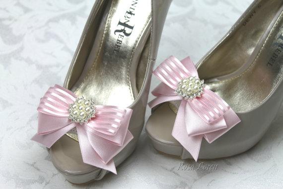 Свадьба - Pink Wedding Shoe Clips, Pink Shoes Clip, Pink Wedding Accessories Shoe Clips