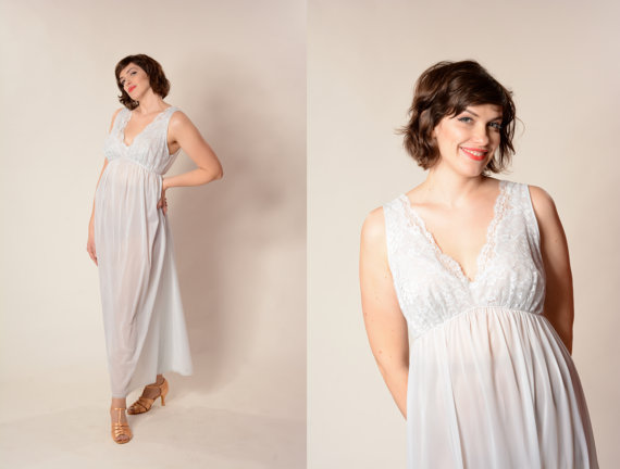 Свадьба - Vintage 1950s Lingerie Vanity Fair Nightie Blue Wedding Boudoir Bridal Fashions