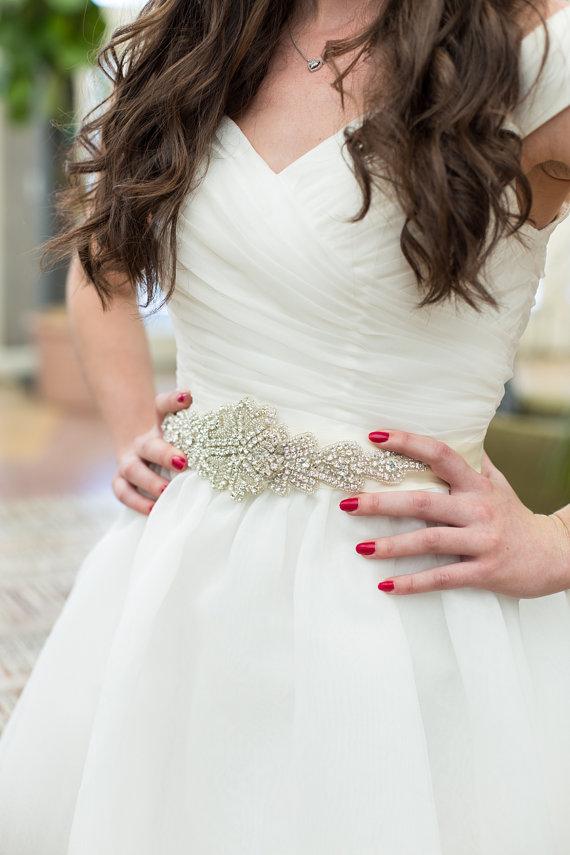 Mariage - Bridal Sash, Wedding Dress Belt, rhinestone, crystal, bling - Great addition to your wedding dress