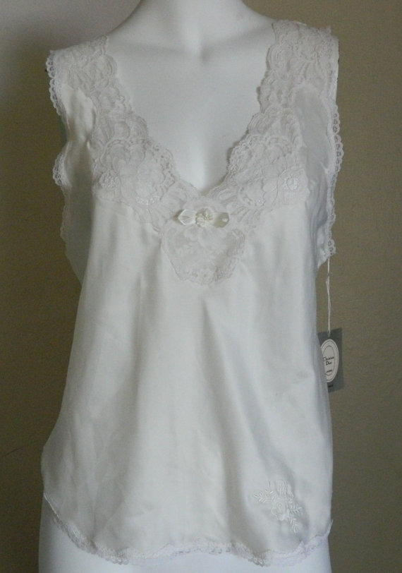 Свадьба - Sexy Vintage Christian Dior Lace trim Bridal camisole Lingerie / Sz Small