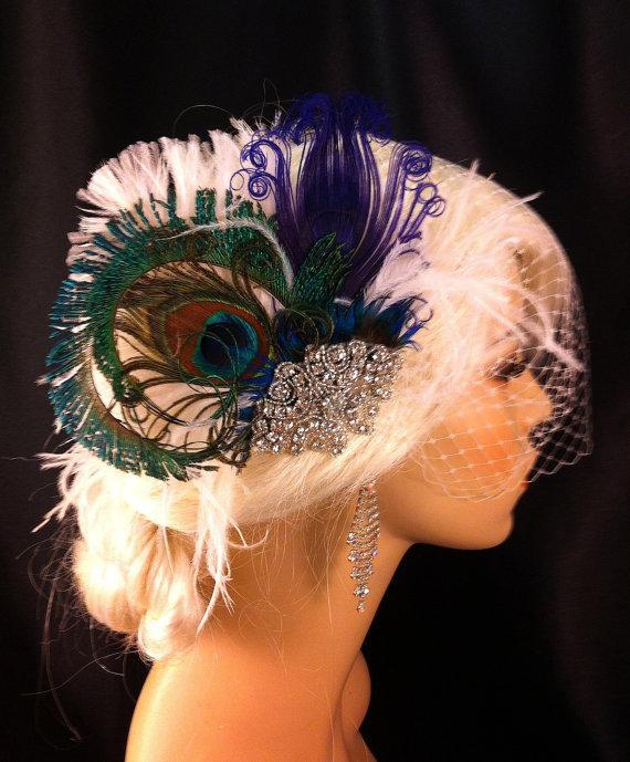Свадьба - Feather Bridal Fascinator, Feather Fascinator, Purple Peacock, Bridal Fascinator, Rhinestone Hair clip, Wedding Veil, Fascinator