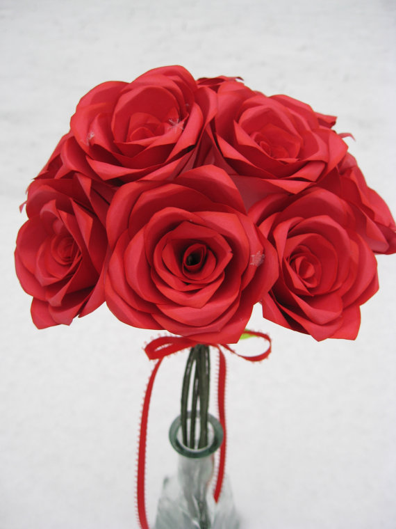 Hochzeit - Dozen Red Paper Roses, Wedding Bouquet, Mother's Day Gift, First Anniversary. Unique. ANY COLOR Available.