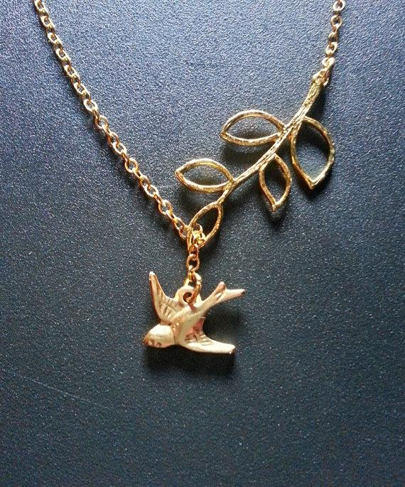 Свадьба - BUY 2 GET Any 1 FREE Gold Bird Branch Lariat Necklace Gold Sparrow Necklace Gold Bird Charm Necklace Bridesmaid Necklace Bridal Jewelry