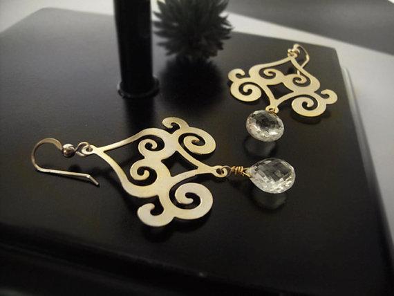 زفاف - Chandelier Earrings - Quarz Crystal - Gold Scroll - Gold Dangle Earrings - Gold Swirl Earrings - Bridal Jewelry - Black Friday Deals