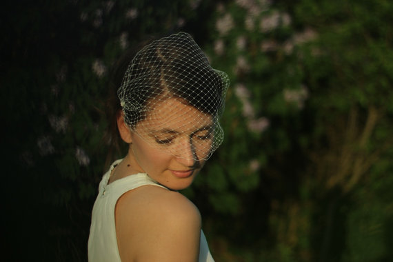 Mariage - Bridal Birdcage Veil - Blusher Veil Ivory or White or Black - Modern Wedding Veil - Bandeau Russian Netting - Made to Order