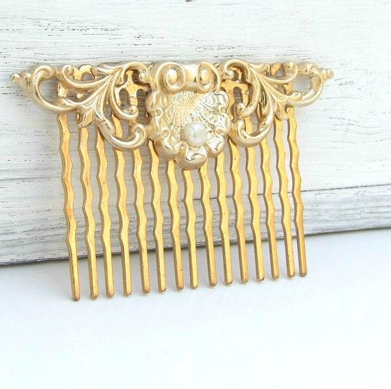 Свадьба - Bridal Hair Comb, Wedding Hair Accessories, Gold Hair Comb, Vintage Style Hair Comb, Wedding Hair Comb, Gold Pearl Hair Comb,
