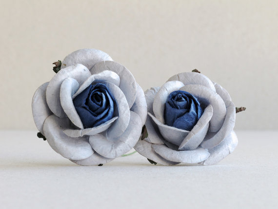 Hochzeit - 50mm Pale Blue Roses with Dark Blue Centre (2pcs) - mulberry paper roses with wire stems - Great for wedding decoration and bouquet [722]