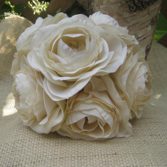 Hochzeit - Bridal Silk Toss Bouquet  Wedding  Flower Girl.