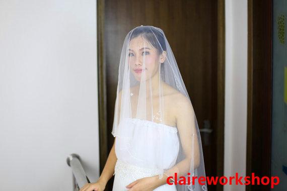 Mariage - 280cm length handmade flower beading wedding veil high quality beads bride veil ivory wedding veil short veils