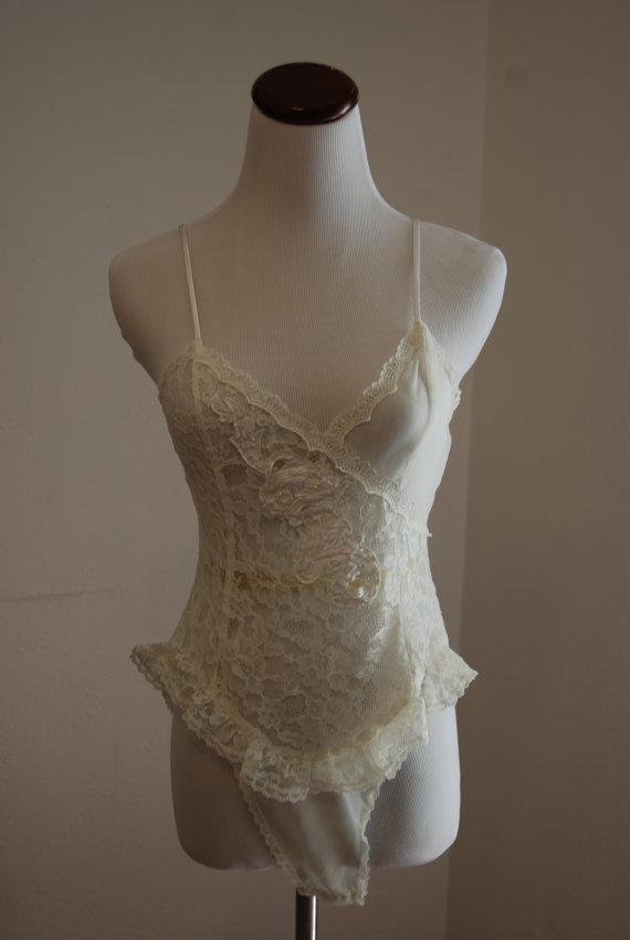Свадьба - SALE Vintage sheer white teddie - Victoria's Secret