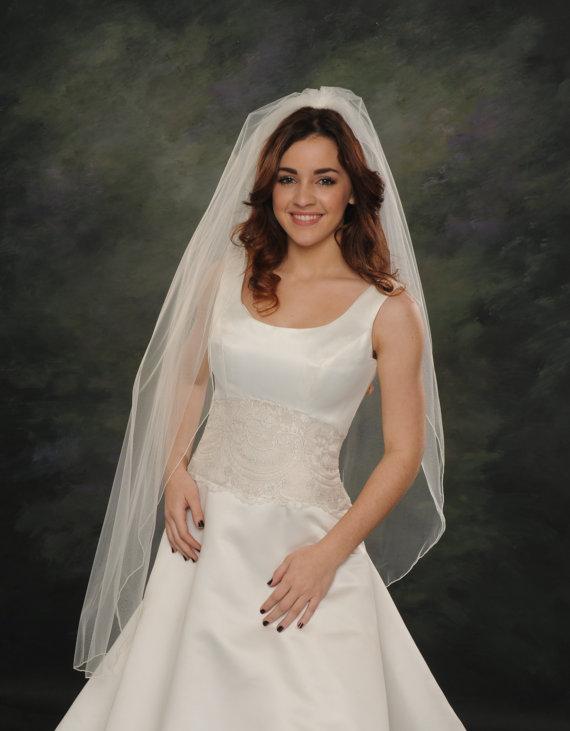Hochzeit - 1 Layer Wedding Veils 48 Long  Pencil Edge Fingertip Veil Bridal HeadPiece Hair Comb Ivory White 72 Wide