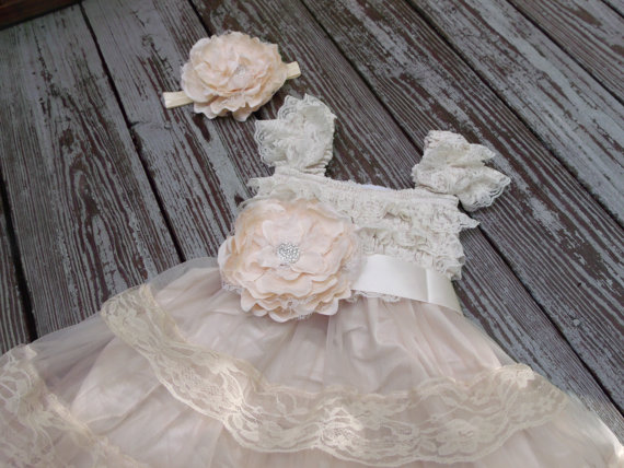 Hochzeit - Champagne Flower Girl Dress -Lace Pettidress -Vintage Flower Girl- Shabby Chic Flower Girl Dress -Girls Dresses - Lace Flower Girl Dress