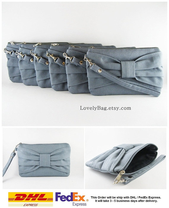 Свадьба - Set of 6 Wedding Clutches, Bridesmaids Clutches / Gray Bow Clutches - Personalized Monogram Zipper Pull - MADE TO ORDER