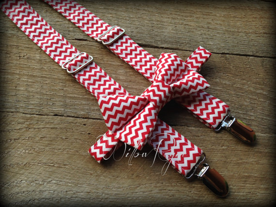 Свадьба - July 4th red chevron bow tie and suspender set - ring bearer - photo prop -baby boys toddler boy infants youth- red bowtie - cake smash