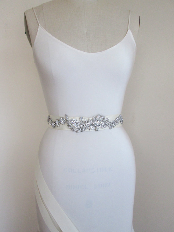 Свадьба - SALE  30% OFF -  Bridal crystal belt sash, Crystal bridal belt, Wedding belt sash, Rhinestone belt, Grosgrain sparkly belt