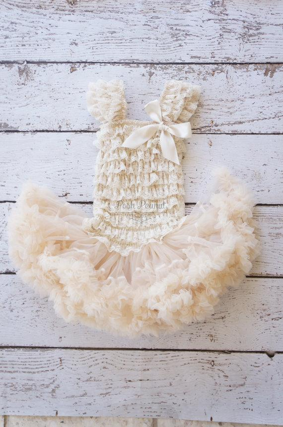 Свадьба - Flower girl dresses- Rustic Flower Girl, lace flower girl dress, tutu flower girl dress, tutu dress, pettiskirt dress, flower girl dresses