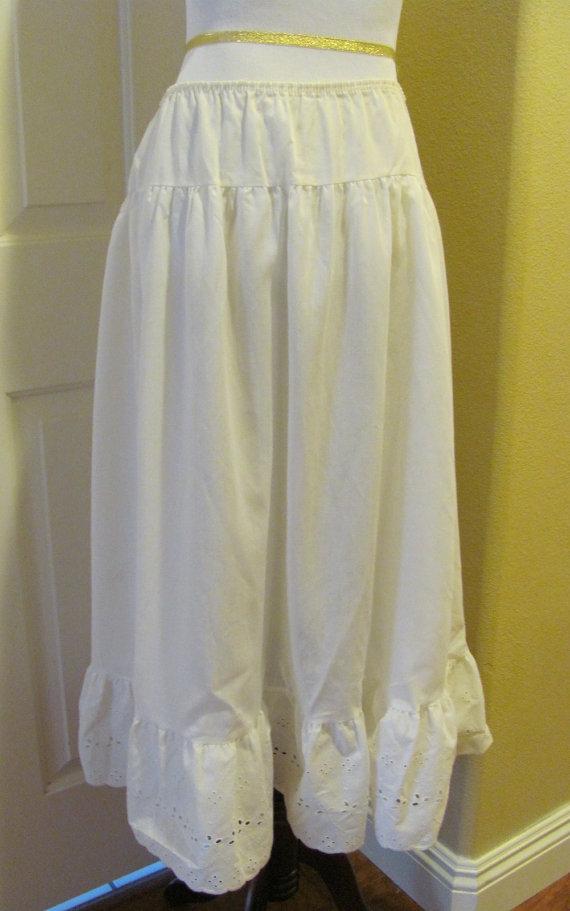 Свадьба - Beautiful Vintage White Cotton Ladies Long Slip Petticoat Skirt Ruffle