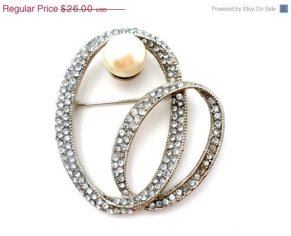 Wedding - 30% Off Rhinestone Pearl Brooch, Vintage Jewelry, Silver Pin, Sash Ornament, Wedding Jewellery, Hair Accessories