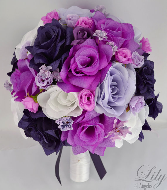 """Свадьба - 17 Pieces Wedding Bridal Bride Maid Of Honor Bridesmaid Bouquet Boutonniere Corsage Silk Flower PURPLE BEAUTY """"Lily Of Angeles"""" PULV07"""