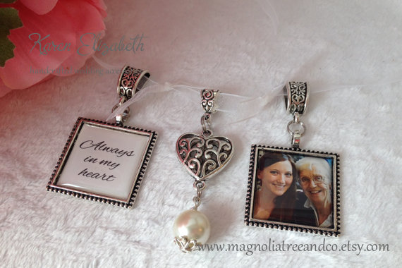 زفاف - Bridal Charm, Wedding Bouquet Charm, Memorial Charm, Custom Photo, Karen Elizabeth, Square Double Pendant Beaded Heart Charm (BC006)