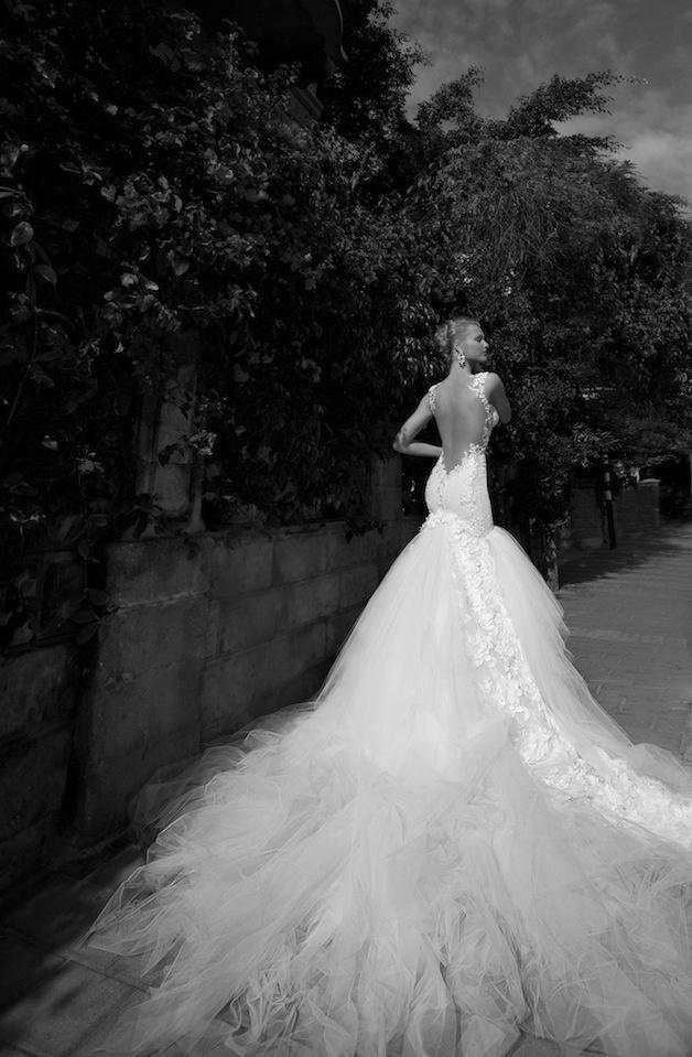 Hochzeit - Fashion Friday: Galia Lahav Bridal 2012