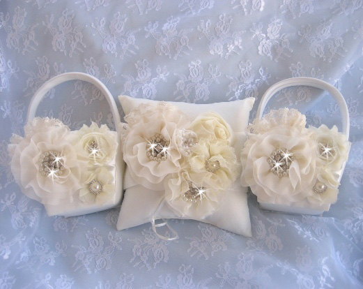 Mariage - Two Flower Girl Baskets, 3D, Ring Bearer Pillow, Flower Girl Basket Set Wedding Pillow Elegant and Classic